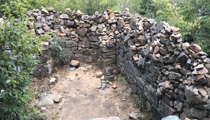 Фото Древние постройки на Аю-Даг