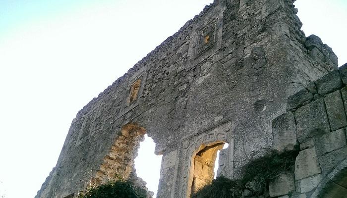 Фото Остаток здания феодорийских князьев