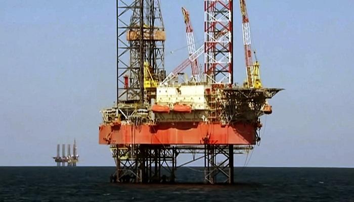 Платформа по добыче природного газа близ Крыма