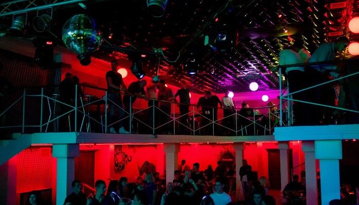 Ночной клуб в Феодосии