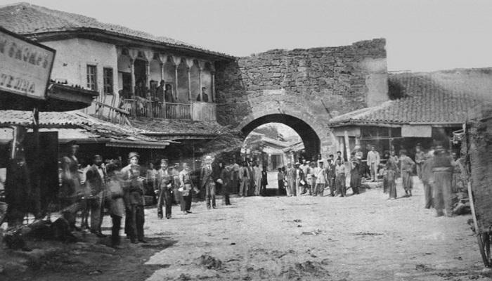 Фото Ворота в дровяной базар Евпатория