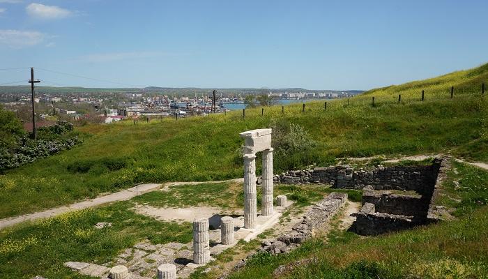 Античные колонны визитная карточка Керчи