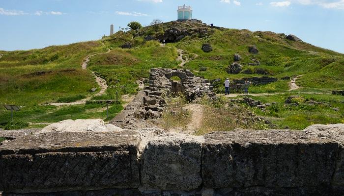 Раскопки Пантикапея в Керчи