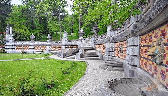 Фото Территория Массандровского дворца