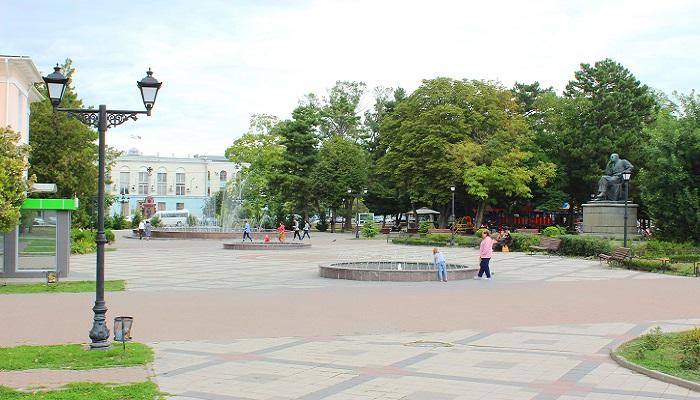 Фото Парк имени Тренева в Симферополе