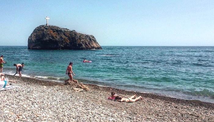 Яшмовый пляж лучший в Севастополе