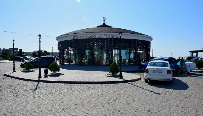 Чайная в парке Свято-Георгиевского монастыря Фиолент
