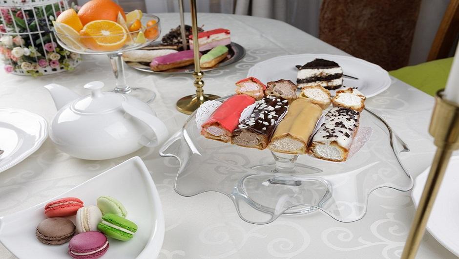 Пирожные Эклерная лавка Севастополь