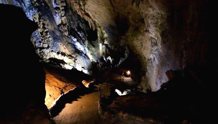 Фото Скельская пещера