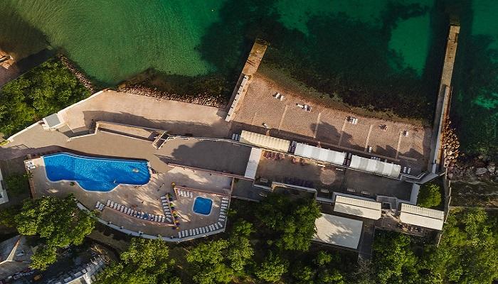Территория отеля Песочная бухта Севастополь