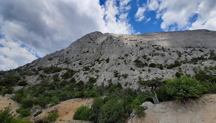 Гора Сокол вид с дороги