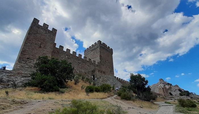 Консульский замок Судакской крепости