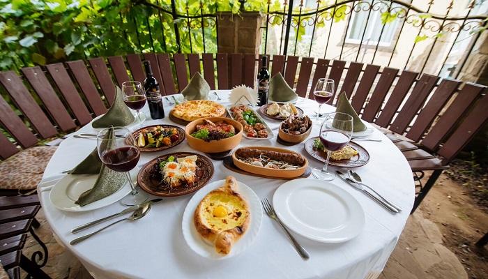 Беседка ресторан Граф Кутузов в Алуште
