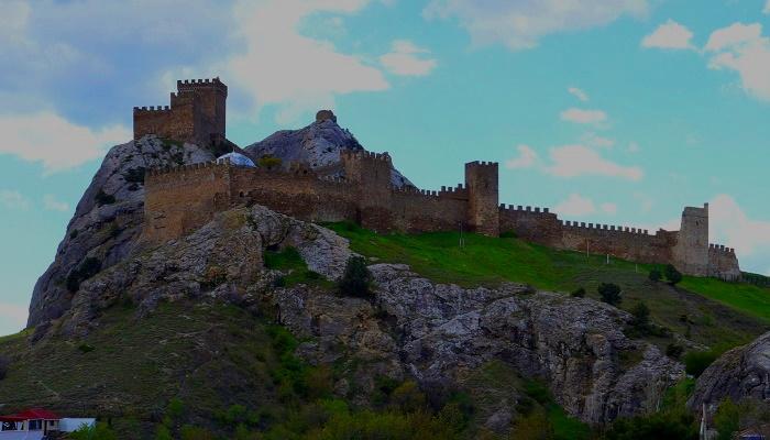 Достопримечательности Крыма Генуэзская крепость в Судаке