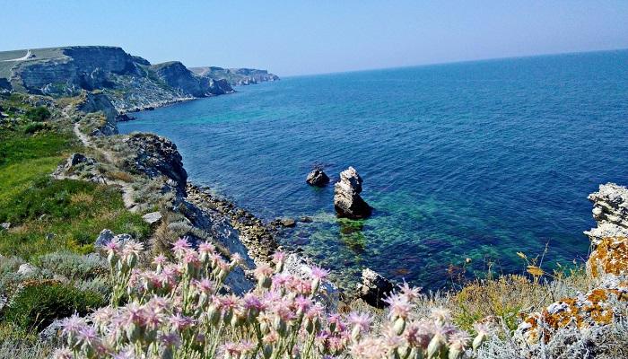 Достопримечательности западного Крыма