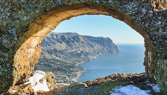 Пещерный город Бакла под Симферополем