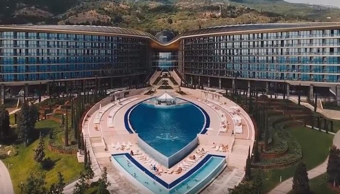Жилье проживание отели гостиницы в Ялте