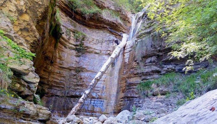 Водопады на реке Яузлар Ялта