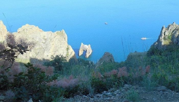 Фото Золотые ворота в Крыму вид с Карадага
